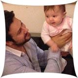 عکس های جدید شاهرخ استخری و دخترش + گفتگو