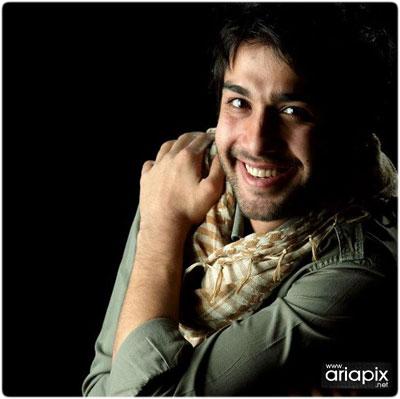 گفتگو با حسین مهری;۳ ماه هست که ازدواج کرده ام